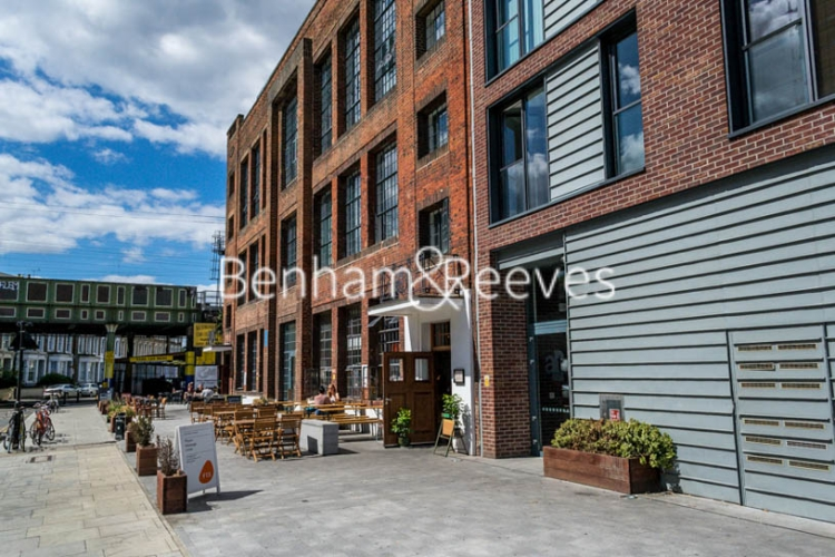 2 bedroom(s) flat to rent in Arthaus Apartments, Richmond Road, E8-image 9
