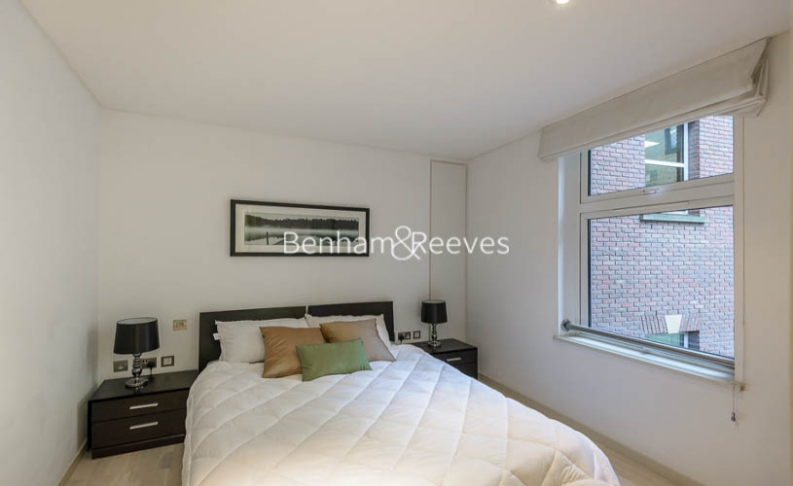 1 bedroom(s) flat to rent in Cock Lane, Snow Hill, EC1A-image 3
