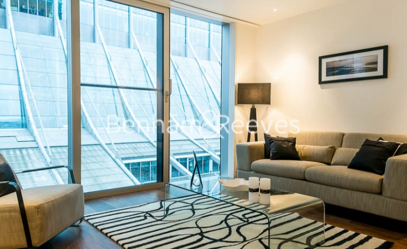 Studio flat to rent in Moor Lane, Moorgate, EC2-image 1