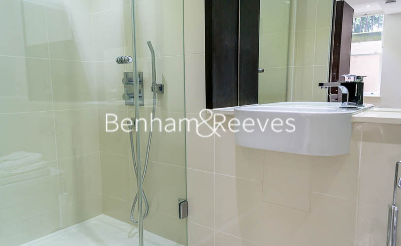 Studio flat to rent in Albany House, Judd Street, WC1H-image 3