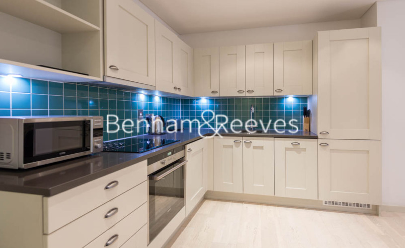 2 bedroom(s) flat to rent in Britton Apartments, Cock Lane, EC1A-image 2