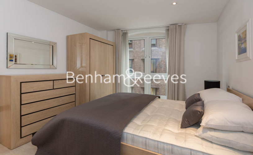 2 bedroom(s) flat to rent in Britton Apartments, Cock Lane, EC1A-image 9