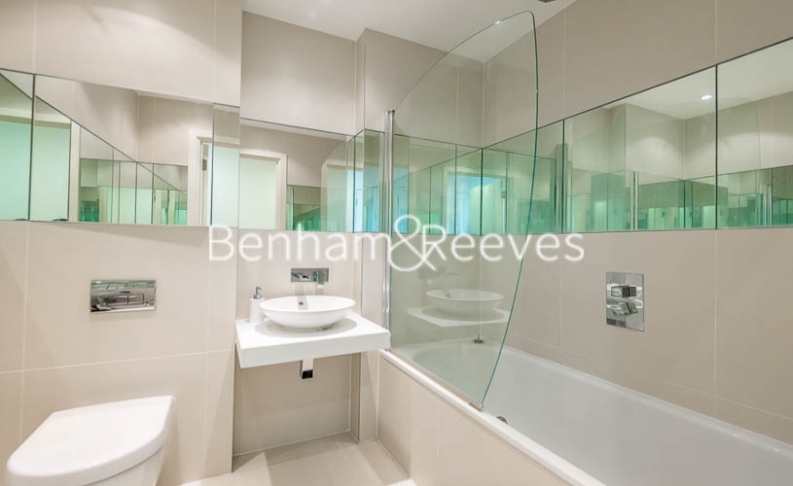 3 bedroom(s) flat to rent in Worcester Point, Clerkenwell Quarter, Seward Street, EC1V-image 4