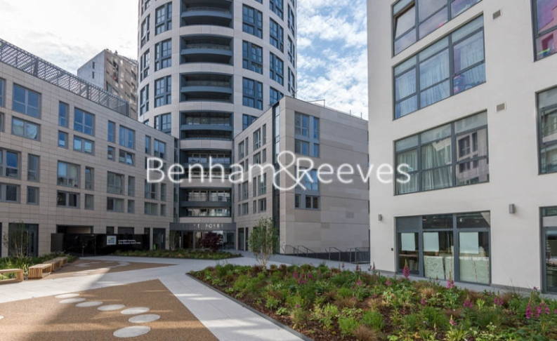 Studio flat to rent in City Road, Old Street, EC1V-image 9