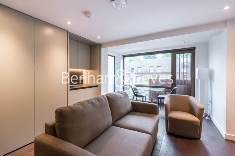 Studio flat to rent in The Greys, Gray's Inn Road, WC1-image 1