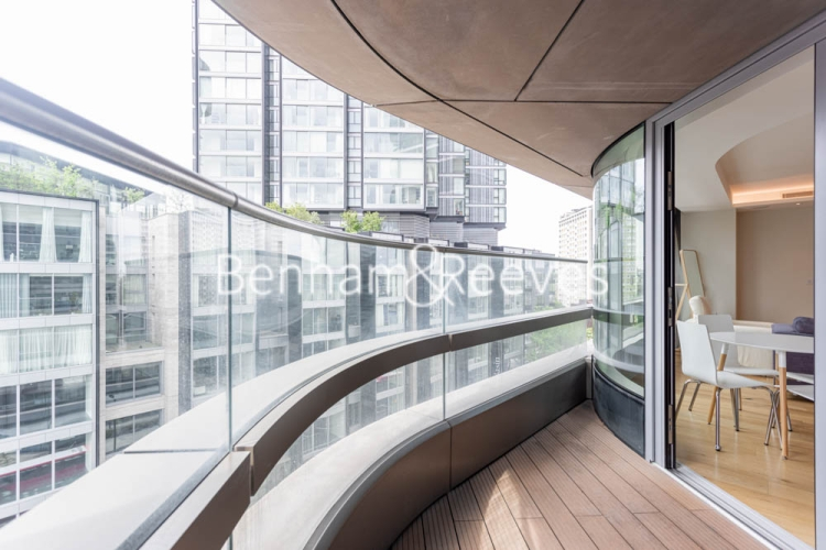 1 bedroom(s) flat to rent in Canaletto Tower, City Road, EC1-image 5