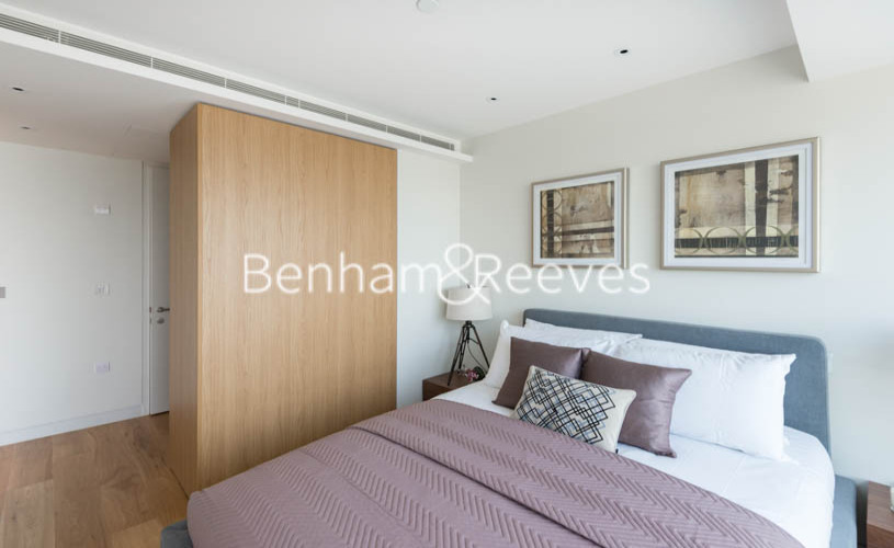 1 bedroom(s) flat to rent in Canaletto Tower, City Road, EC1V-image 3