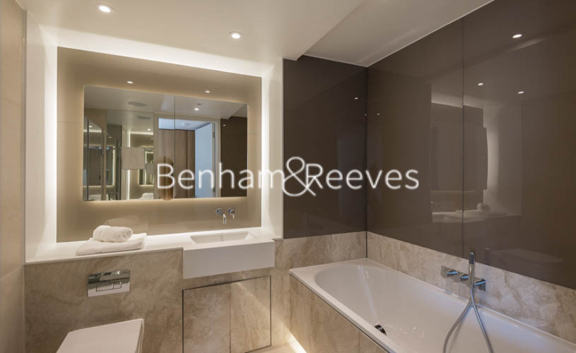 1 bedroom(s) flat to rent in Canaletto Tower, City Road, EC1V-image 4