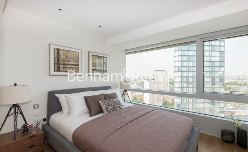 1 bedroom(s) flat to rent in Canaletto Tower, City Road, EC1V-image 7
