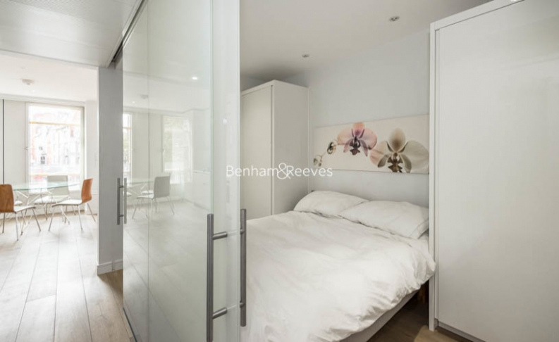 1 bedroom(s) flat to rent in Central St. Giles Piazza, City, WC2H-image 4