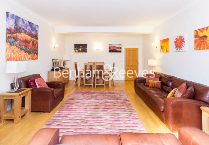 2 bedroom(s) flat to rent in Temple House, Temple Avenue, EC4Y-image 1