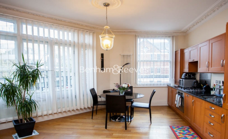 Studio flat to rent in Theobalds Road, Bloomsbury, WC1X-image 3