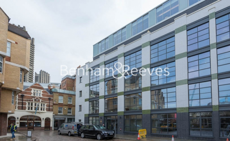 1 bedroom(s) flat to rent in Askew Building, Barts Square, St Pauls, EC1A-image 6