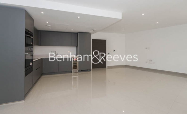 2 bedroom(s) flat to rent in St George Circus, Blackfriars Road, SE1-image 1