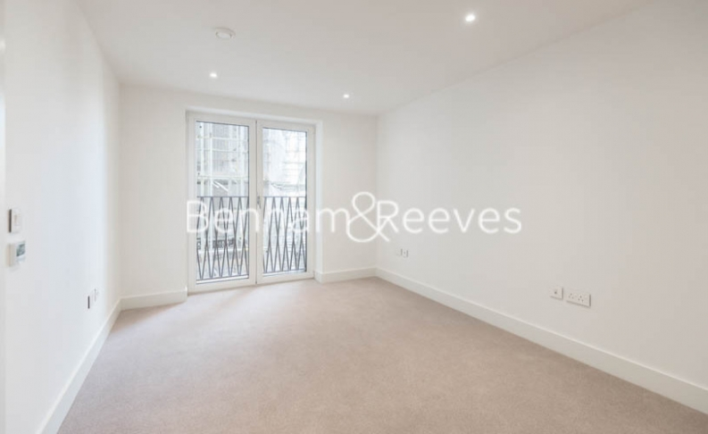 2 bedroom(s) flat to rent in St George Circus, Blackfriars Road, SE1-image 9