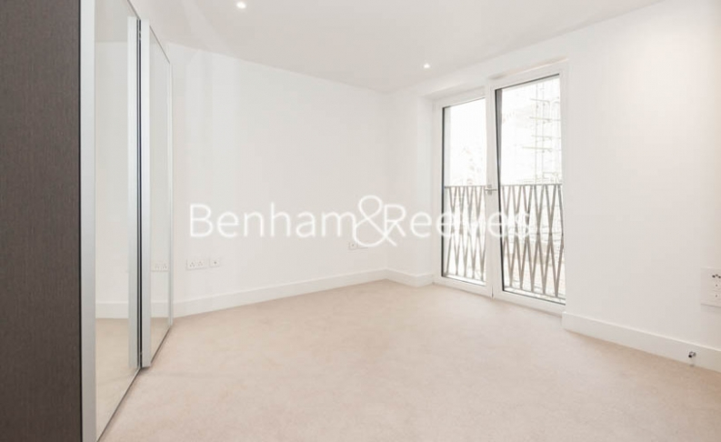 2 bedroom(s) flat to rent in St George Circus, Blackfriars Road, SE1-image 10