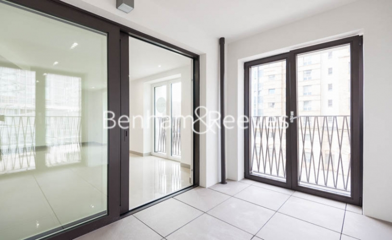 2 bedroom(s) flat to rent in St George Circus, Blackfriars Road, SE1-image 11