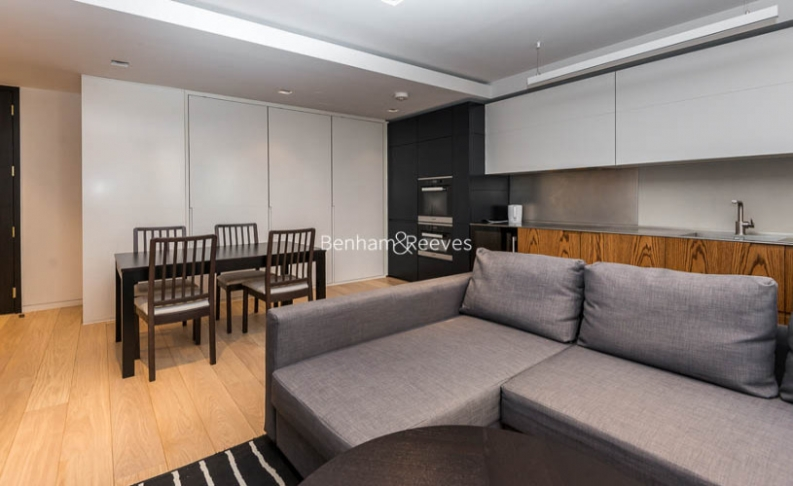 1 bedroom(s) flat to rent in Bartholomew Close, Barbican, EC1A-image 1