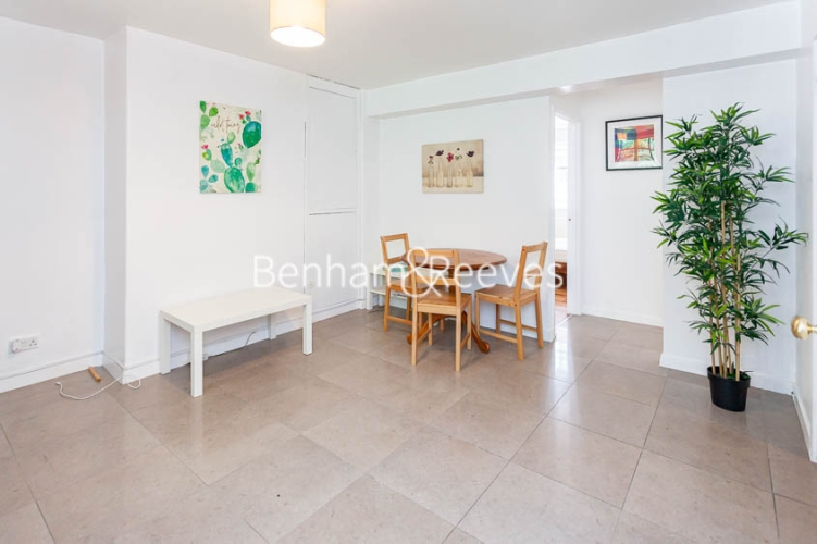 2 bedroom(s) flat to rent in Bevan House, Boswell Street, WC1N-image 7