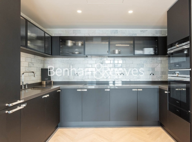 2 bedroom(s) flat to rent in One Crown Place, Sun Street, EC2A-image 2
