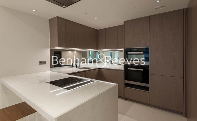1 bedroom(s) flat to rent in Sugar Quay, Water Lane, EC3R-image 2