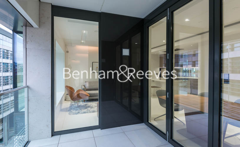 1 bedroom(s) flat to rent in Sugar Quay, Water Lane, EC3R-image 5