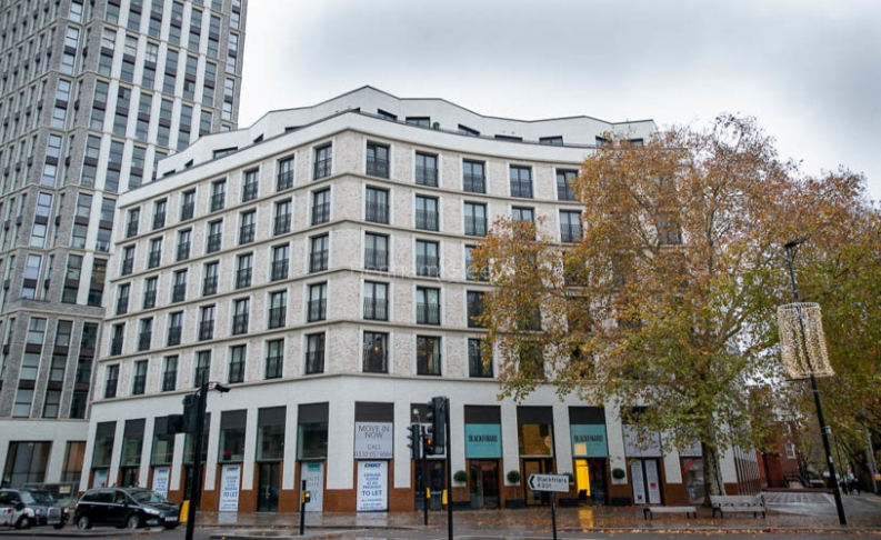 3 bedroom(s) flat to rent in Delphini Apartments, Blackfriars Circus, SE1-image 20