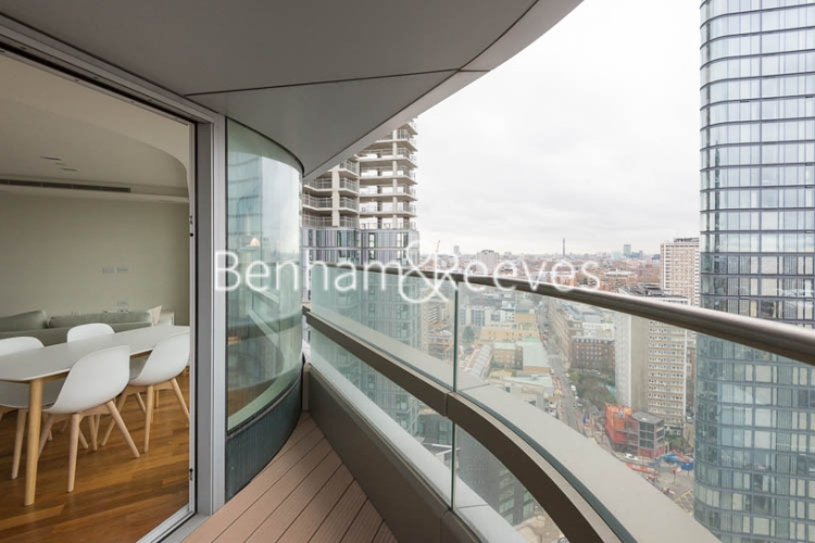 1 bedroom(s) flat to rent in Canaletto Tower, City Road, EC1V-image 12