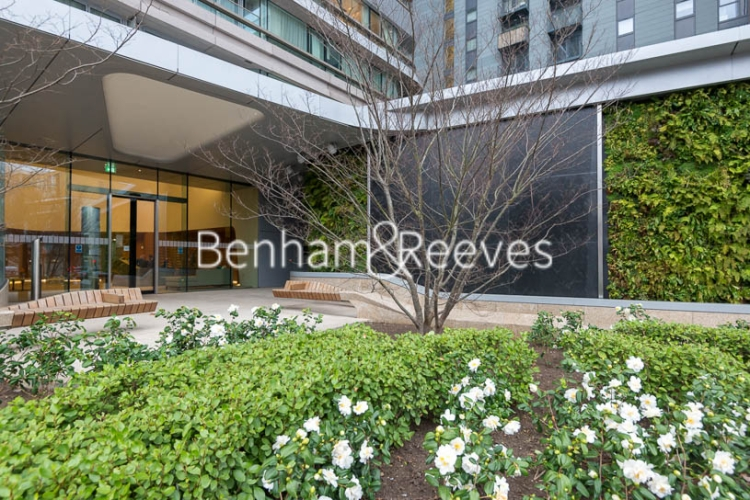 1 bedroom(s) flat to rent in Canaletto Tower, City Road, EC1V-image 13