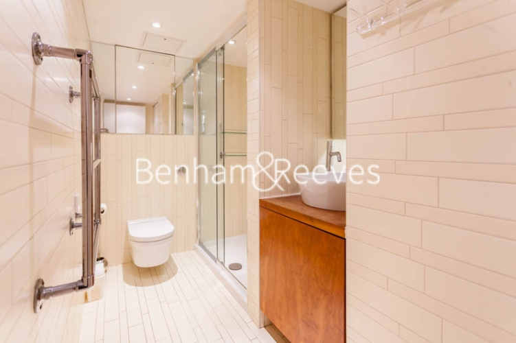 Studio flat to rent in Aria House, Craven Street, WC2N-image 9