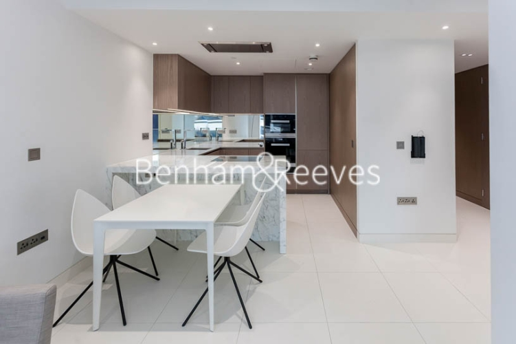 1 bedroom(s) flat to rent in Sugar Quay, 1 Water Lane, EC3R-image 2
