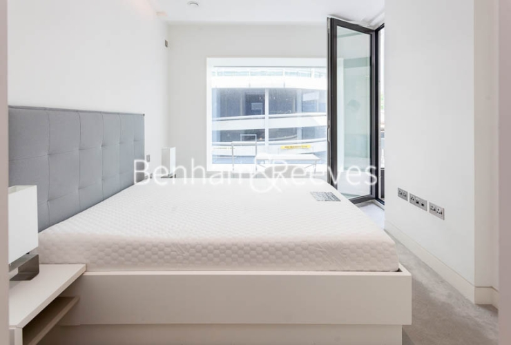 1 bedroom(s) flat to rent in Sugar Quay, 1 Water Lane, EC3R-image 11