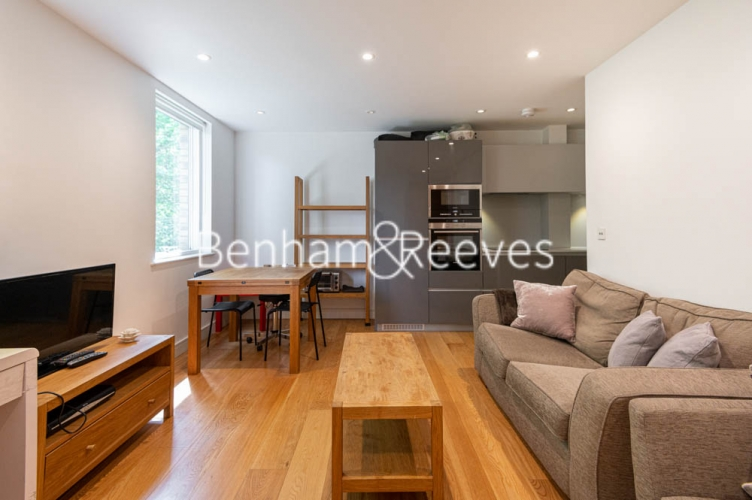 2 bedroom(s) flat to rent in Burleigh House, Westking Place, WC1H-image 1