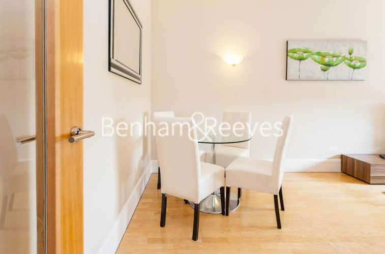 2 bedroom(s) flat to rent in Whitehouse Apartments, Waterloo, SE1-image 3