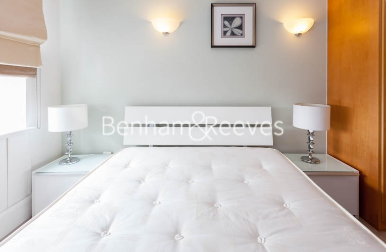 2 bedroom(s) flat to rent in Whitehouse Apartments, Waterloo, SE1-image 4
