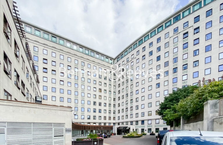 2 bedroom(s) flat to rent in Whitehouse Apartments, Waterloo, SE1-image 9