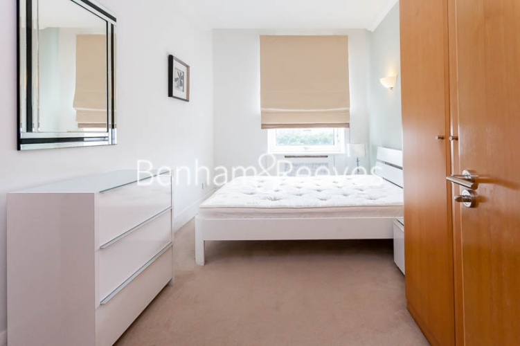 2 bedroom(s) flat to rent in Whitehouse Apartments, Waterloo, SE1-image 12
