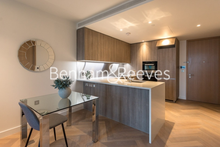 1 bedroom(s) flat to rent in Principal Tower, Worship Street, London, EC2A-image 2