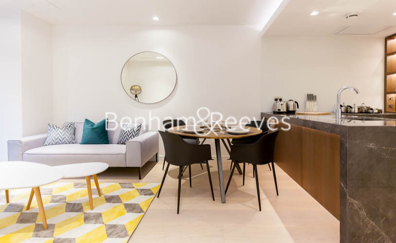 1 bedroom(s) flat to rent in Lincoln Square, Portugal Street, WC2A-image 1