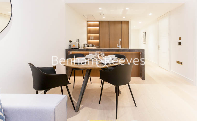 1 bedroom(s) flat to rent in Lincoln Square, Portugal Street, WC2A-image 3