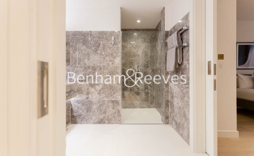 1 bedroom(s) flat to rent in Lincoln Square, Portugal Street, WC2A-image 9