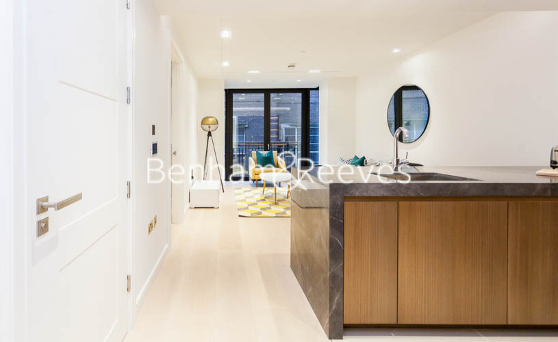 1 bedroom(s) flat to rent in Lincoln Square, Portugal Street, WC2A-image 13
