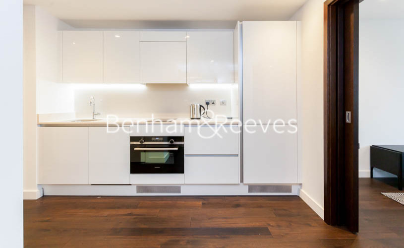 Studio flat to rent in Rosemary Building, Royal Mint Gardens, E1-image 9