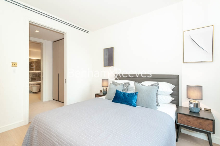 1 bedroom(s) flat to rent in Lincoln Square, Portugal Street, WC2A-image 8