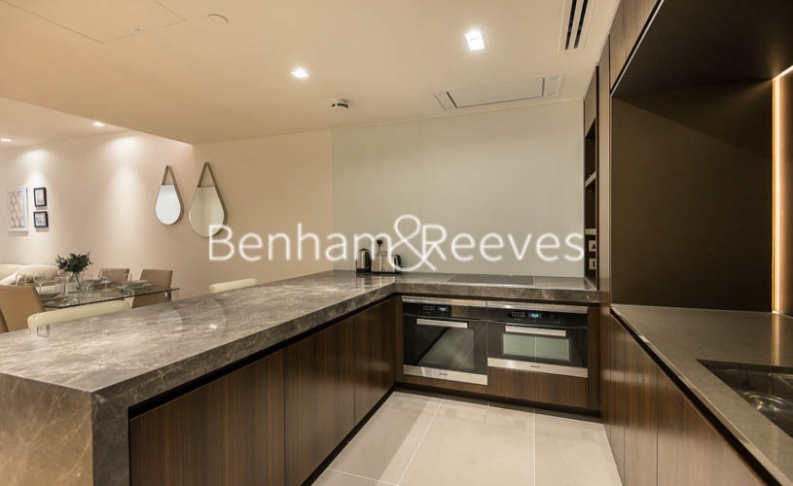 2 bedroom(s) flat to rent in Lincoln Square, Portugal Street, WC2-image 2