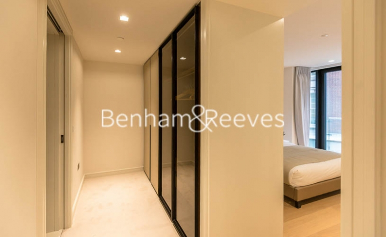 2 bedroom(s) flat to rent in Lincoln Square, Portugal Street, WC2-image 7
