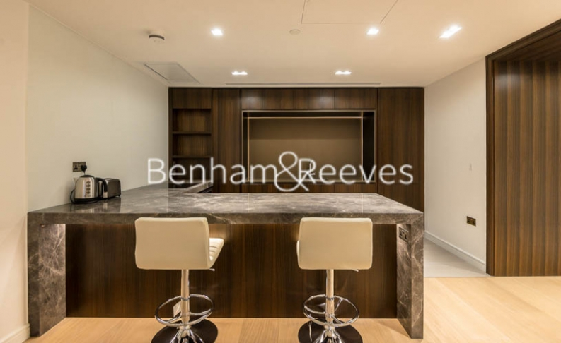 2 bedroom(s) flat to rent in Lincoln Square, Portugal Street, WC2-image 11