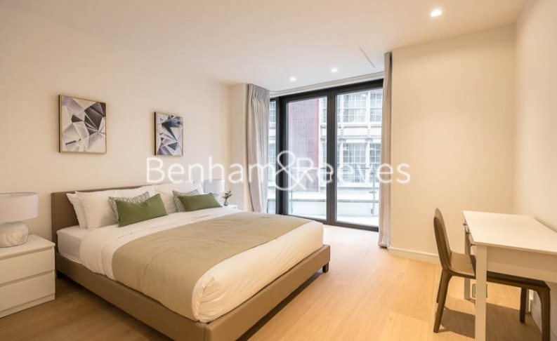 2 bedroom(s) flat to rent in Lincoln Square, Portugal Street, WC2-image 17