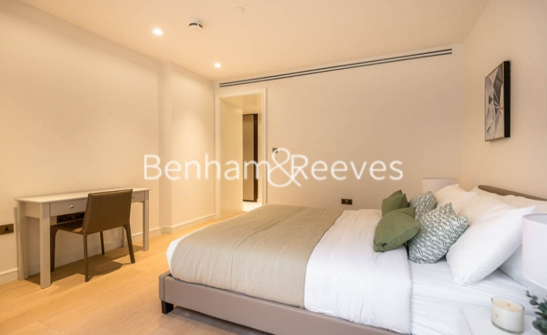 2 bedroom(s) flat to rent in Lincoln Square, Portugal Street, WC2-image 18