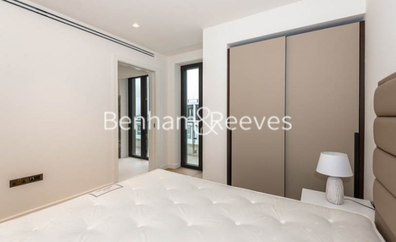 1 bedroom(s) flat to rent in Lincoln Square, Portugal Street, WC2A-image 16